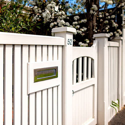 Melbourne Heritage Fencing – Picket Fences, Woven Wire, Gates ...